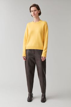 Cashmere Jumper, Androgynous Fashion, Yellow Jumpers, Knitwear, Women Wear, Normcore, Pure Products, My Style, Long Sleeve