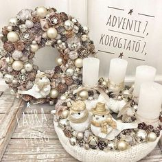 Christmas Door, Christmas Is Coming, Winter Christmas, Winter Holidays, Holidays And Events, Merry Christmas, Xmas Wreaths, Easter Wreaths, Advent Wreaths