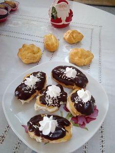Υπέροχα σου.... με κρέμα πατισερί και σοκολάτα! Muffin, Pudding, Breakfast, Desserts, Food, Morning Coffee, Tailgate Desserts, Deserts, Custard Pudding