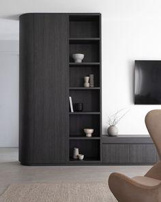 Interior Design Inspiration, Home Interior Design, Interior Architecture, Built In Furniture, Home Decor Furniture, Living Tv, Living Spaces, Living Room, Bookcase Shelves