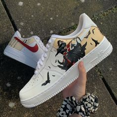 Itachi themed Air Force - I wasn't able to take a nice photo today, because of bad lightning and weather the whole day. but anyways these give a impression of the shoe too. Custom Sneakers, Custom Shoes, Vans Sneakers, Painted Sneakers, Painted Shoes, High Platform Shoes, Anime Inspired Outfits, Nike Shoes Air Force, Vetement Fashion