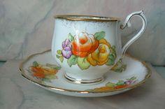 Vintage Royal Albert Crown China England Tea by BijouxVintagedeZap