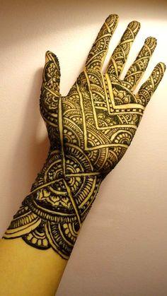 full hand henna tattoo
