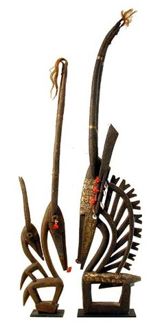 Chi Wara - It symbolizes harmony between men and women and promotes the growth of the Bamana's staple millet crop African Masks, African Art, Tribal Trends, African Sculptures, Elements Of Design, Ancient Artifacts, African History, Western Art, West Africa