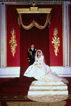 Wedding Portrait of Prince Andrew, Duke of York and Sarah Ferguson, 23 July 1986 in London.