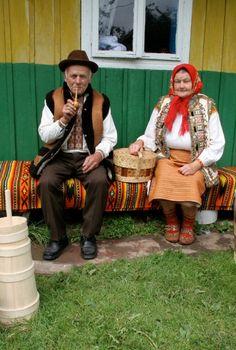 """""""I did, I baba u nedilyu na prys'bi vdvoh sobi sydily harnen'ko v bilyh sorochkah, siyalo sontse , v nebesah ani hmarynky, tak tyho ta lyubo , yak v rayu!"""" T H Shevchenko, Ukraine, from Iryna with love"""