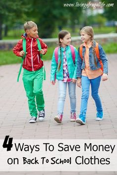 This article focuses on back to school library ideas including how to welcome and communicate with parents and students on open house night. Back To School Highschool, School Outfits For College, Back To School Night, School Daze, Open House Night, Back To School Bulletin Boards, Back To School Organization, Teacher Librarian, School Opening