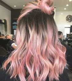 Pink Blonde Hair, Dark Ombre Hair, Pastel Pink Hair, Rose Pastel, Ombre Hair Color, Hair Color Balayage, Cool Hair Color, Hair Colors, Purple Balayage