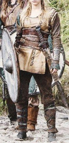 The Austrian Woman: Lagertha Viking Shoes, Viking Clothing, Viking Footwear, Viking Halloween Costume, Vikings Halloween, Fire Costume, Women Halloween, Viking Warrior Woman, Viking Cosplay