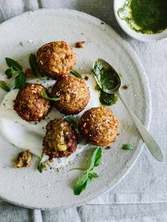 Indian Vegetable Balls are Redilicious, enjoy this recipe and many more culinary creations by RED Valentino. Astonish all your friends with delicious brunch, desserts, main courses, sides and more! Veggie Recipes, Indian Food Recipes, Vegetarian Recipes, Cooking Recipes, Healthy Recipes, Indian Vegetable Recipes, Vegan Vegetarian, Paleo, Sandwiches Gourmets
