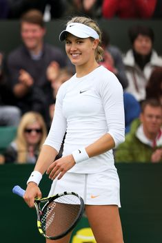 Eugenie Bouchard Ladies' Singles first round match on day one of the Wimbledon Mode Tennis, Wta Tennis, Lawn Tennis, Sport Tennis, Tennis Outfits, Tennis Clothes, Sport Outfits, Foto Sport, Eugenie Bouchard