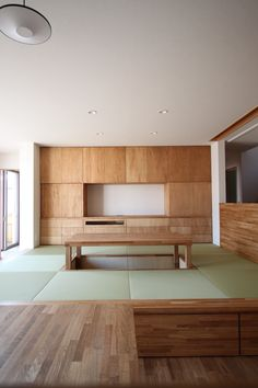 gorgeous neat soft floor risen and complimented by surround raw wood details