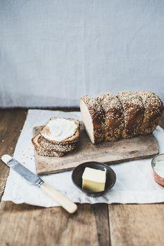 bagel bread loaf via Top With Cinnamon