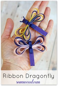 Try this cute ribbon dragonfly sculpture tutorial to learn how to make a quick and easy hair accessory - this doubles as a butterfly ribbon sculpture too!