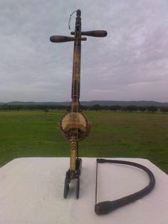 Novos instrumentos da minha coleção REBAB www.cenarios4u.com http://carlosmanuelsp.wix.com/ardeatarde