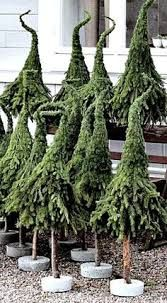 Best Funny Christmas Tree Ideas Xmas 37 Ideas Best Funny Christmas Tree Ideas Xmas 37 Ideas,Weihnachtszeit Winter Best Funny Christmas Tree Ideas Xmas 37 Ideas Related Simple Winter Outfits To Make. Funny Christmas Tree, Little Christmas Trees, Outdoor Christmas, Xmas Tree, Christmas Humor, Christmas Time, Whimsical Christmas, Christmas Christmas, Tree Decorations