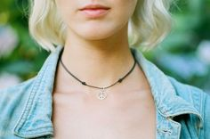 Adjustable Silver Peace Sign Choker #boho #jewelry #bohojewelry #peace #peacesign #peacenecklace #chordnecklace #choker #hippy #grunge #bohemian