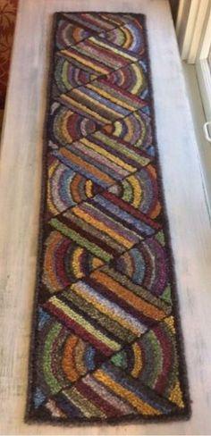 Hooked rug runner