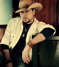 Jason Aldean, Chris Young & Kane Brown tickets are available. If you are a fan of country music, then get ready to enjoy the fabulous artist when he performs live. Grab your Jason Aldean tickets for an unforgettable experience. Male Country Singers, Country Musicians, Country Music Artists, Country Music Stars, Country Lyrics, Jason Aldean, Country Men, Country Girls, Country Style