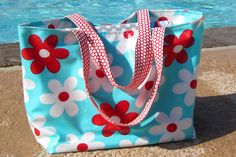 Laminated Cotton Bag (could sew a mesh bottom for wet clothes. and crumbs! Laminated Cotton Fabric, Pvc Fabric, Tote Pattern, Easy Sewing Projects, Cotton Bag, Beautiful Bags, Purses And Bags, Swimming, Scrap Busters