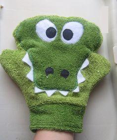 Alligator / Gator Bath Mitt / Washcloth Cotton by BubbleWabble, 10.00