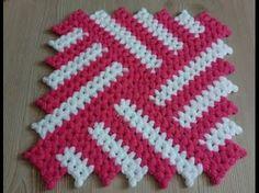 Mahi Karpinar shared a video Crochet Hot Pads, Crochet Mat, Crochet Mandala Pattern, Crochet Potholders, Granny Square Crochet Pattern, Crochet Tablecloth, Crochet Stitches Patterns, Doily Patterns, Crochet Squares