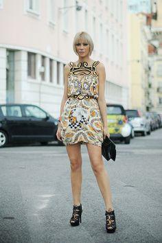 White Sleeveless Lace Pencil Dress (Orange/Black/Brown)