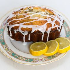This delicious Lemon Poppy Seed Bread is a quick bread favorite for breakfast or to accompany any meal and is topped with a lemon glaze. Vegetarian Recipes Easy, Diabetic Recipes, Healthy Recipes, Lemon Recipes, Sweet Recipes, Bread Recipes, Poppy Seed Bread, Dessert Recipes, Desserts