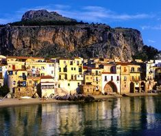 Sicily Italy. A historical feast with 300 days of sun per year spectacular la