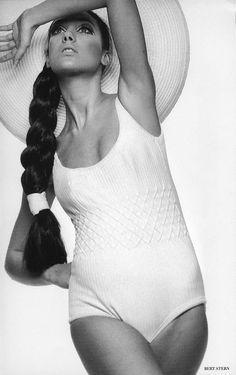 Marisa Berenson, photo by Bert Stern
