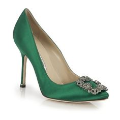 Manolo Blahnik Hangisi 105 Satin Pumps (21.285 RUB) ❤ liked on Polyvore featuring shoes, pumps, emerald, embellished shoes, bridal shoes, satin pumps, embellished pumps and jeweled pumps