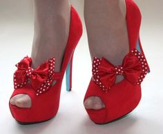 Image shared by Khana Evans. Bow Shoes, Peep Toe Shoes, Me Too Shoes, Polka Dot Shoes, Polka Dots, Burlesque Outfit, Shoes 2016, Red High Heels, Shoe Collection