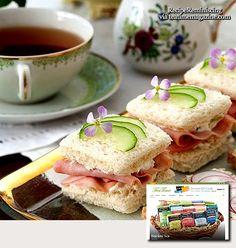 Ham, Pineapple, and Cucumber Sandwiches / Skinke, Ananas, og Agurk Sandwicher