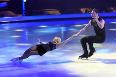 Aljona Savchenko Bruno Massot during the 'Dancing On Ice' TV show on February 3 2019 in Cologne Germany Winter Olympic Games, Winter Olympics, Cologne Germany, February 3, Ice Dance, Skating, Dancing, Tv Shows, 1