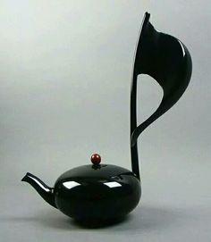 Teiera musicale. Meraviglia!