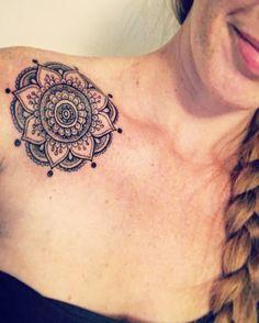 My new mandala tattoo! #mandalatattoo #mandala #shouldertattoo #girltattoo #inked