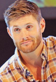 Find images and videos about supernatural, Jensen Ackles and dean winchester on We Heart It - the app to get lost in what you love. Jensen Ackles Supernatural, Jensen Ackles Jared Padalecki, Castiel, Jensen Ackels, Danneel Ackles, Jensen Ackles Frisur, Jensen Ackles Haircut, Ginger Men, Ginger Beard