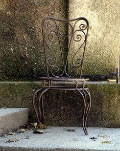 metal-chair-lainie-wrightson.jpg (718×900)