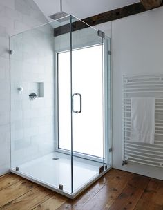 Shower with privacy glass
