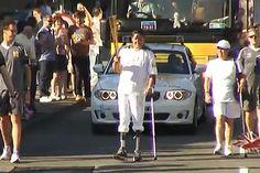 .Kevin Silva paseó la antorcha olímpica de Londres 2012.  El joven portó el símbolo de las olimpiadas durante nueve minutos, acompañado de su madre que sacó una bandera chilena al final del trayecto.