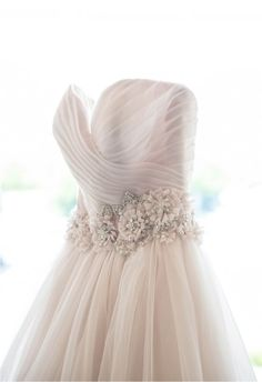 Pink wedding dress: http://www.stylemepretty.com/tri-state-weddings/2014/10/11/im-photo-studio-a-discount/ | Photography: IM Photo Studio - http://inamcconnellphoto.com/