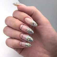 Nail art Christmas - the festive spirit on the nails. Over 70 creative ideas and tutorials - My Nails Gradient Nails, Holographic Nails, Gold Nails, Fun Nails, Matte Nails, Stiletto Nails, Coffin Nails, Gold Gradient, Glitter Nail Art
