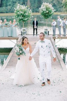 will you have a second dress on your wedding day? Wedding Planner Cost, Wedding Planning List, Event Planning, Wedding Coordinator, Wedding Events, Wedding Pinterest, On Your Wedding Day, Best Part Of Me, Wedding Dresses