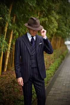 http://chicerman.com  ethandesu:  Tailor Yamagami  Strasburgo Japan  #menshoes