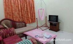 Walid Raja Guesthouse 88B http://www.booklangkawihotels.com/walid-raja-guesthouse-88b/