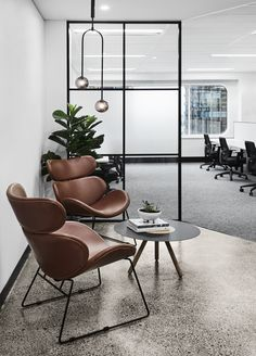 20 Modern Office Space Design That Attract The Best Employees – Office Design 2020 Corporate Office Design, Business Office Decor, Modern Office Decor, Industrial Office Design, Office Space Design, Workspace Design, Home Office Space, Office Interior Design, Home Office Decor