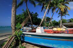 La jolie plage de Tartane sur la presqu'île de la Caravelle.