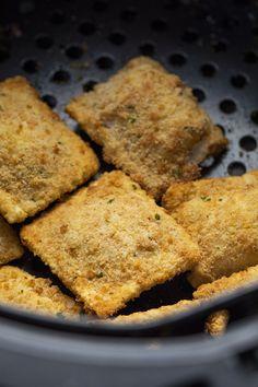 Air Fryer Ravioli Appetizer Recipes, Snack Recipes, Recipes Dinner, Snacks, Appetizers, Homemade Ravioli, Ravioli Recipe, Crockpot Recipes, Cooking Recipes
