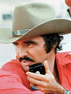 SMOKEY AND THE BANDIT - Burt Reynolds - Directed by Hal Needham - Universal - Publicity Still.