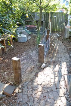 I grow rocks so this would be perfect fencing for me...
